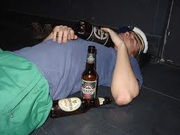 Bad online dating profile example: photos of you being drunk. There are thousands of bad online dating profile examples just like this one. Learn how to do it in a different way today!